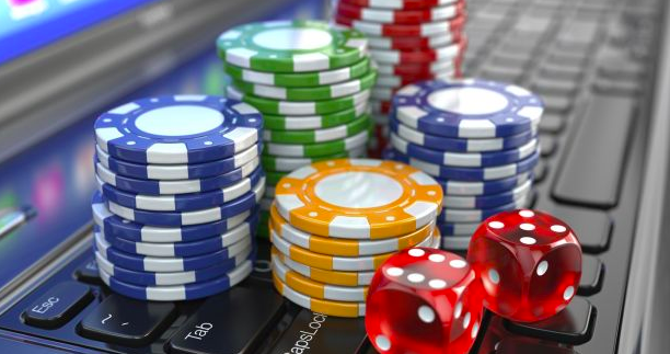 Pros and Cons of Betting for Players From Australia