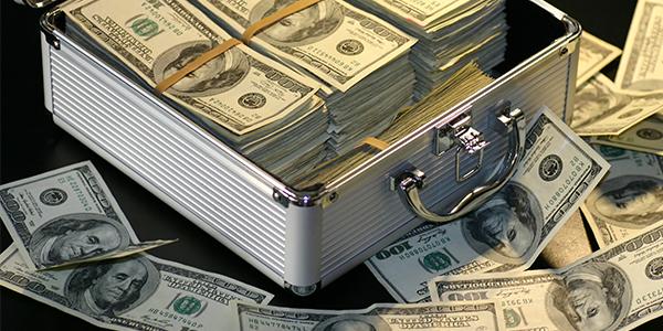 Social vs. Real Money casinos in Canada : GamblersPost